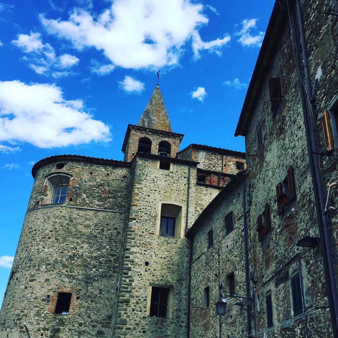 Anghiari…één van de mooiste dorpjes van Toscane. Zéker een bezoekje waard! ????